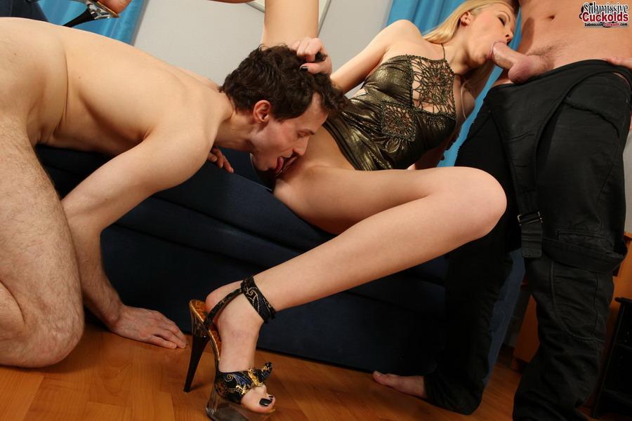 Жена как с порно мужем издевается смотреть